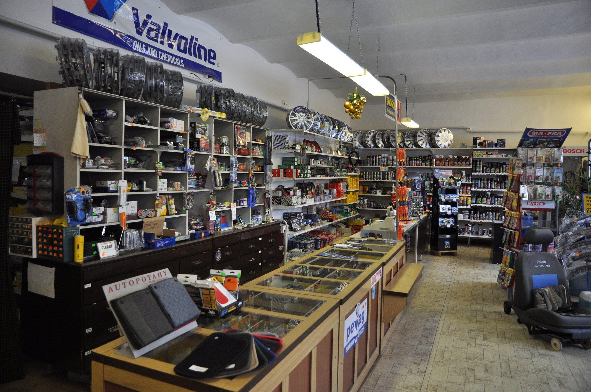 Kamenná prodejna Autodíly Vitáskovi
